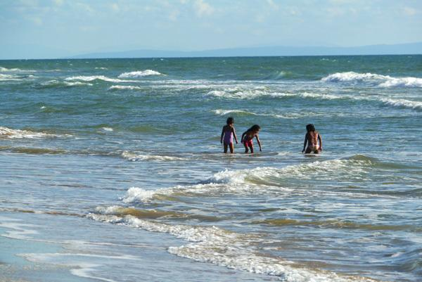 Children playing in the warm Atlantic see!