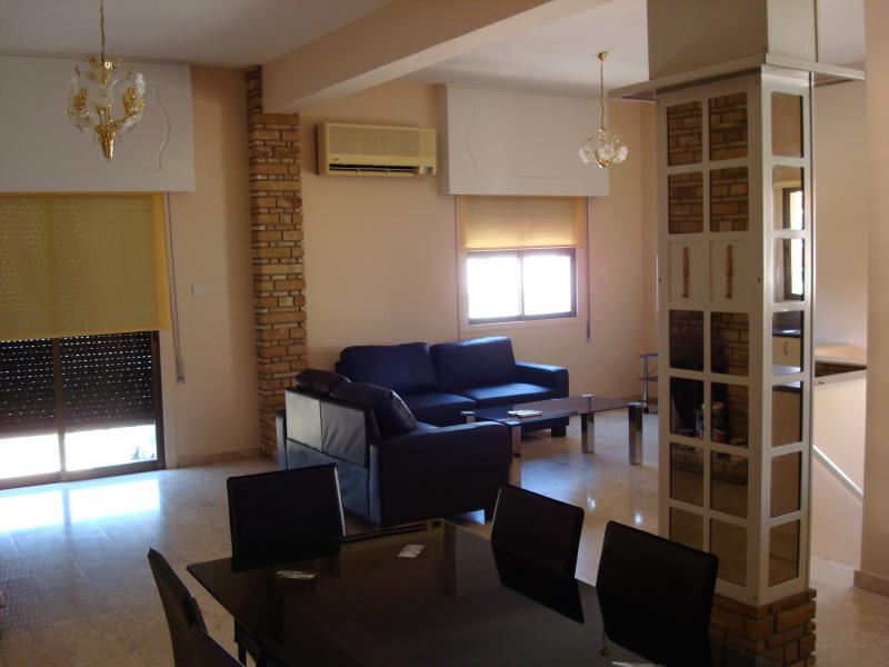 Fokeon  Apartment, holiday rental in Agios Athanasios