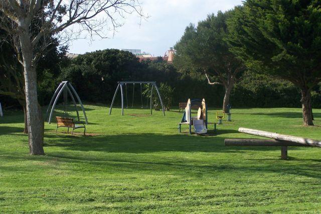 Parque público a 200 metros de la casa