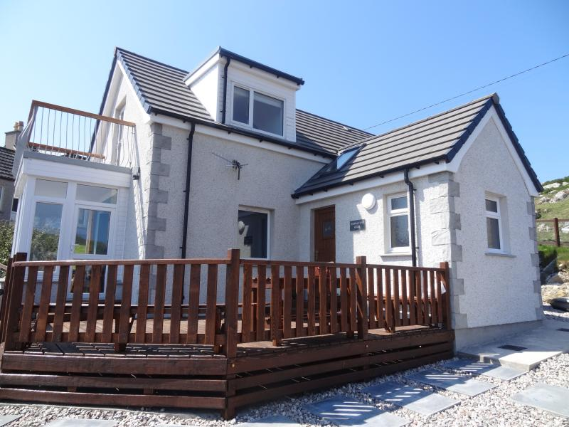 Enjoy a wonderful Hebridean holiday at Bannatyne House, Scalpay, Harris