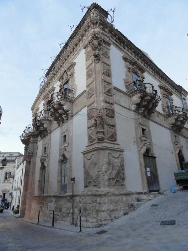 Barocco sciclitano - Palazzo Beneventano