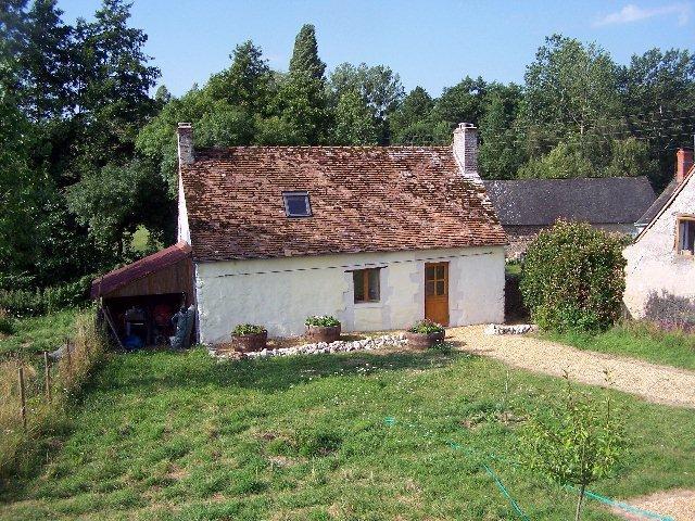 La Bergerie...shepherd's cottage set in own private garden