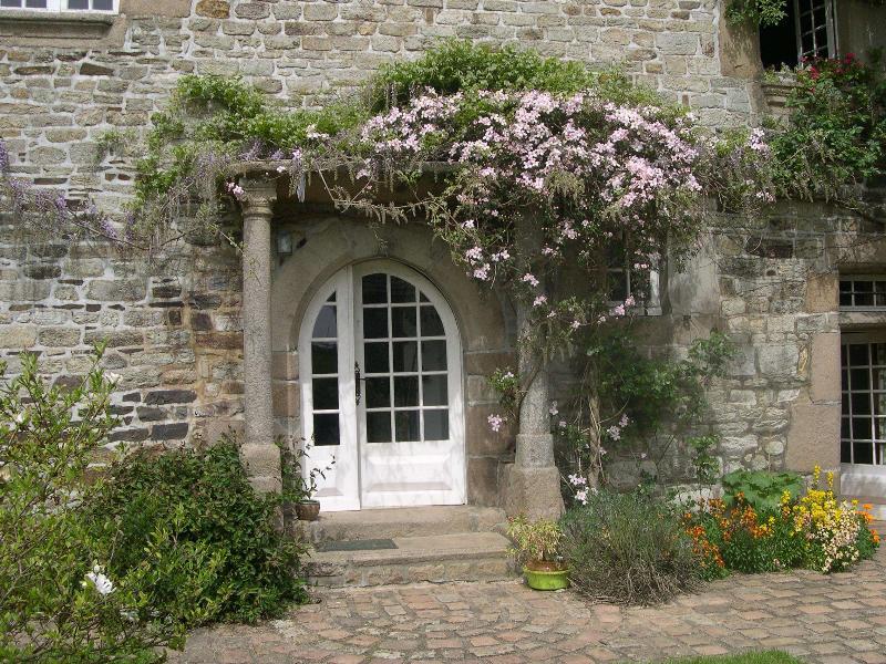 A entrada para a mansão Belle Fontaine