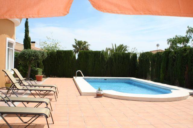 8m x 4m private pool