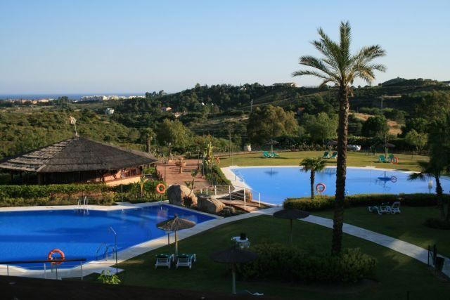 PARQUE BOTANICO RESORT MAGNIFICO APARTAMENTO, holiday rental in Benahavis