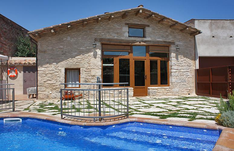 La Cabanya, rural & wellness, holiday rental in Sant Esteve de Llemena