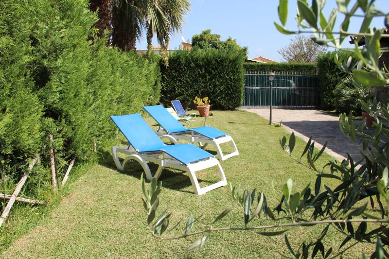 villa Diana, holiday rental in Campofelice di Roccella