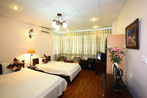 Hanoi Lucky I Hotel, vacation rental in Quang Ninh Province