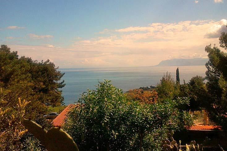 The bay of Castellammare