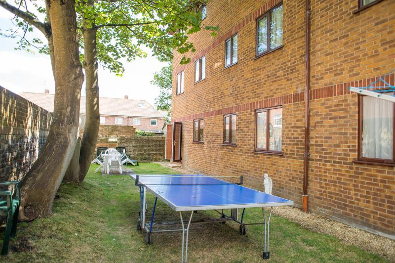 Flat 2 Quayside Close, vacation rental in Poole