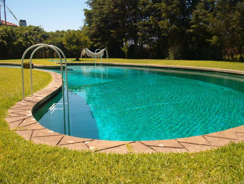 Outdoor Swiming Pool
