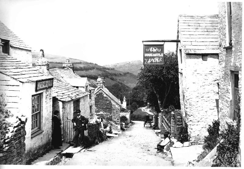 Cottage was previously the Boscastle Inn with history dating back to the 1700's