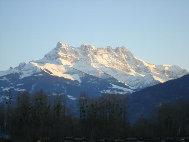 In the Winter i am next to station for ski régions  Port Soleil / Villars / Leysin / Les Mosses
