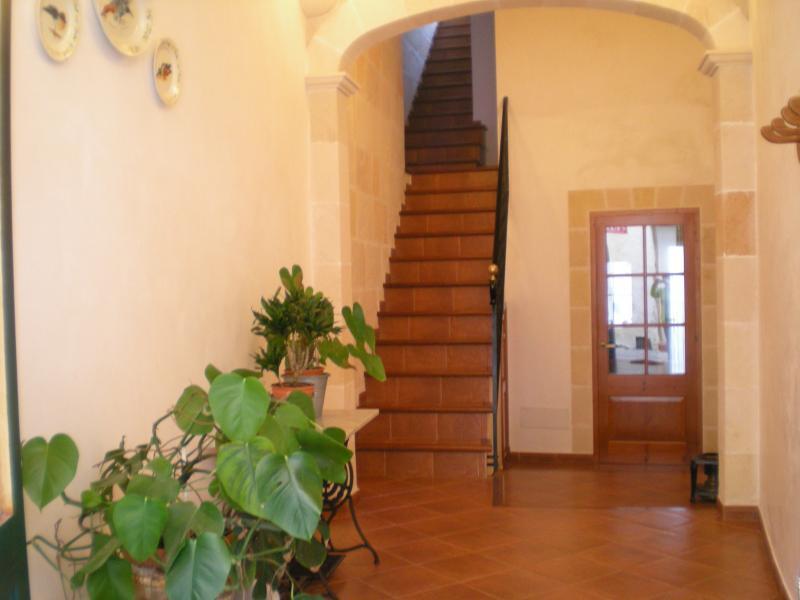 Casa casco antiguo Ciutadella., vacation rental in Ciutadella