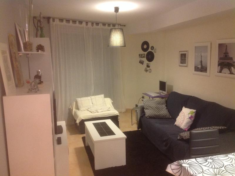 Salón, sofá y sillón