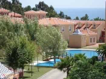 golf apartment golf, islantilla, two bedrooms, bathroom, garage, swimming pool.