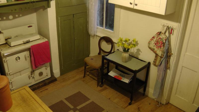 small pine table to replace trolley