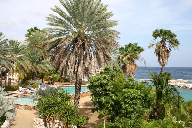 View to Curacao Ocean Resort side