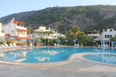 Akdeniz Evleri - Swimming Pools