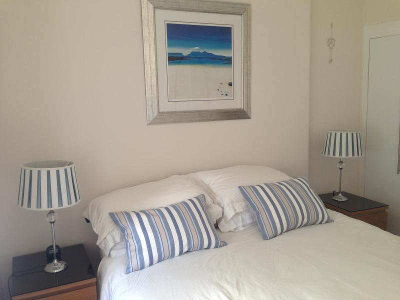Millport Beach Apartment (Crichton St, Millport, Isle of Cumbrae), location de vacances à West Kilbride
