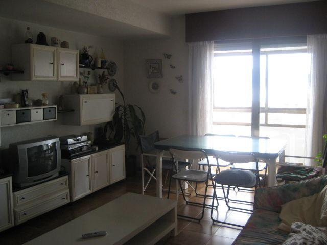 APARTAMENTO AMPLIO PANXON, holiday rental in Ribadumia