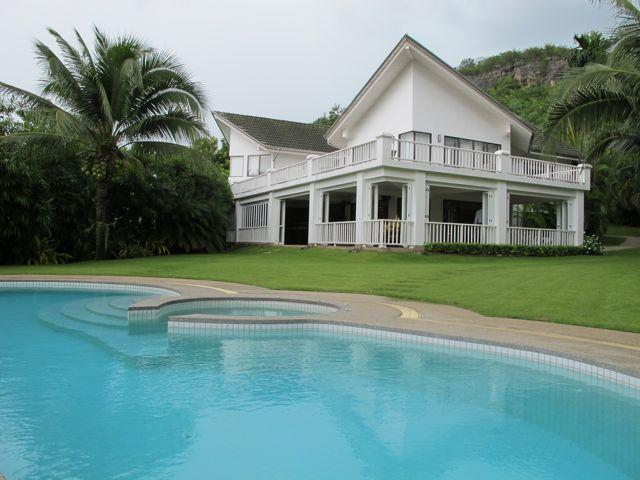 Palm Hills Golf Villa, holiday rental in Hua Hin