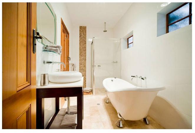 Ensuite Bathroom to Bedroom 1 & 2