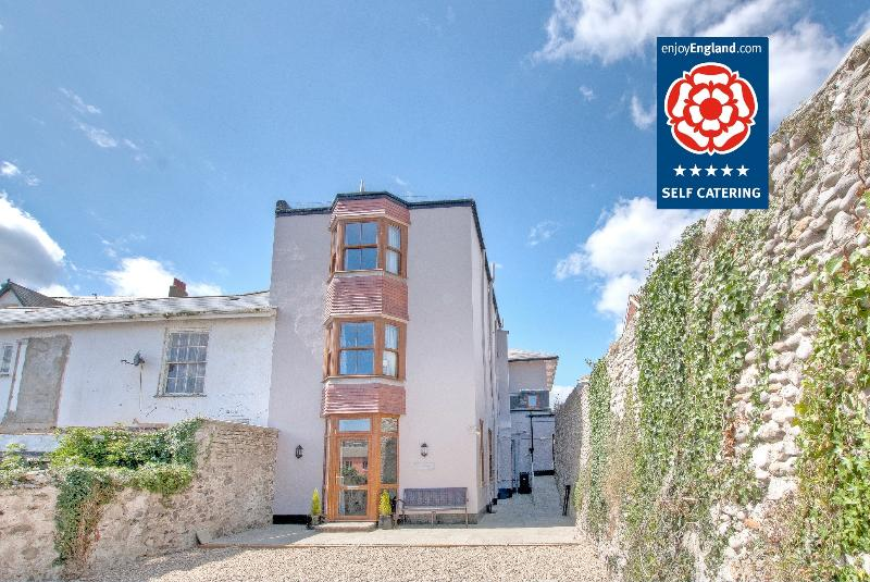 The Counting House - Sovereign Apartment - Ground floor, Seaton, Devon