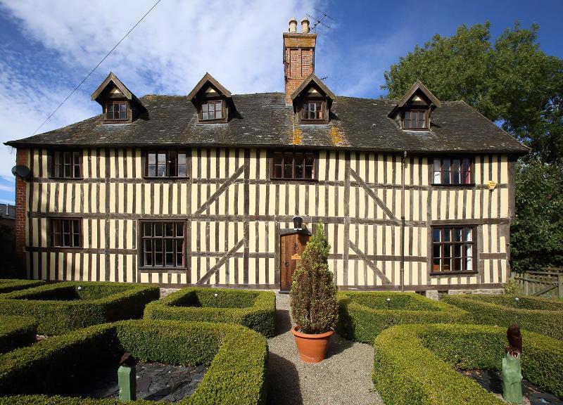 Talgarth Historic House 1660 Grade 2*