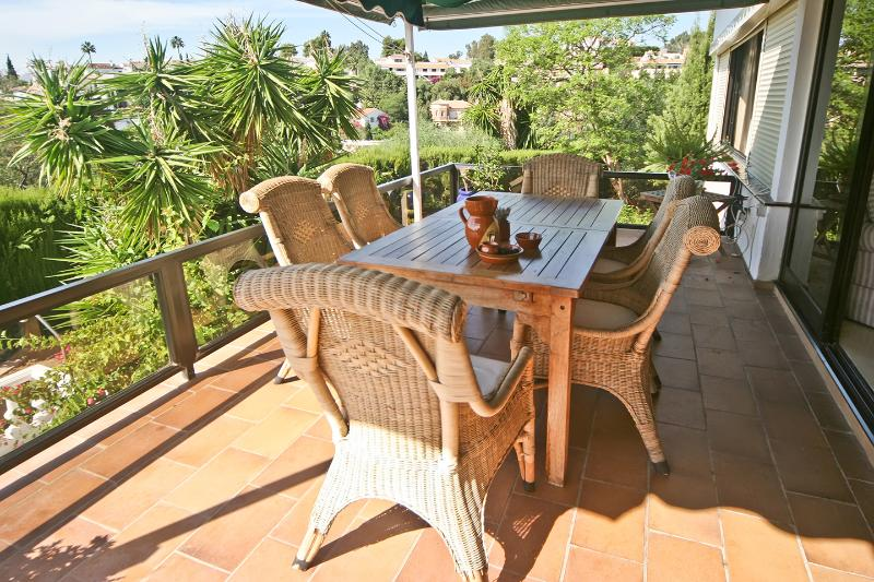 Top terrace with shade canopy and roll down sides.