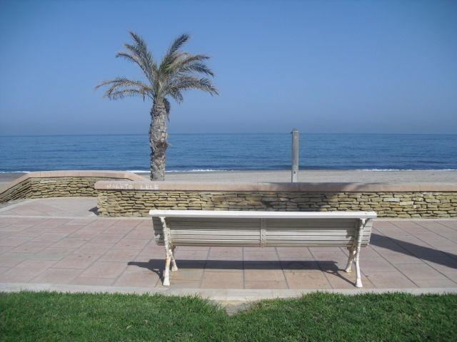 1ª LINEA DE PLAYA WIFI (15-22 junio), holiday rental in Carboneras