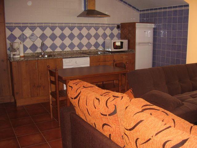 El Magnolio - Casita de piedra en   Santillana del mar, holiday rental in Miengo