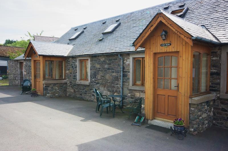 Courtyard cottages