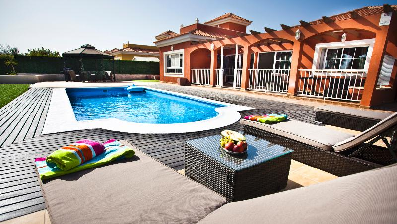 Villa Del Mar, holiday rental in Caleta de Fuste