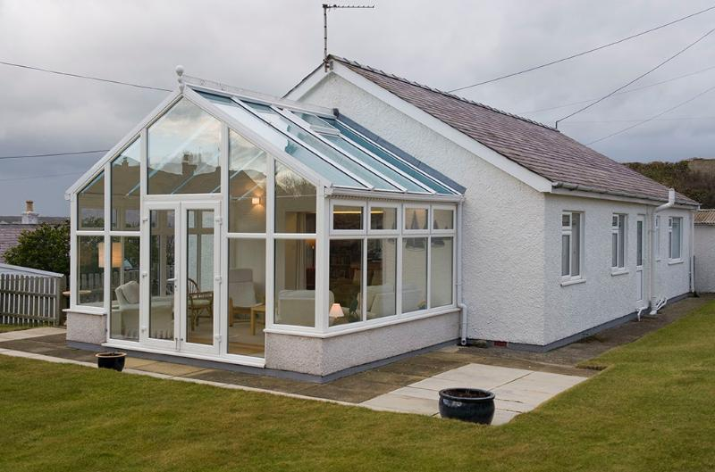 Large Conservatory with seaviews