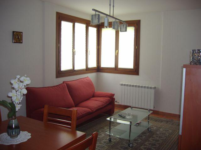 Apartamento Ezcaray centro, holiday rental in Santo Domingo de la Calzada