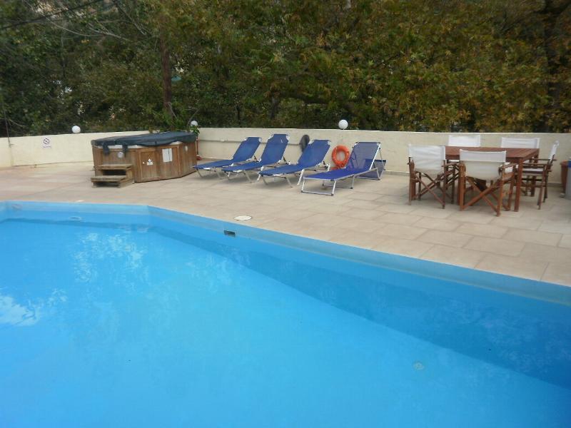 NERINE, Mandarin Grove, vacation rental in Fodhele