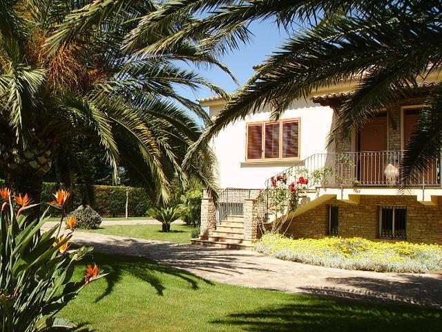 Villa Manfredi, Caltagirone., casa vacanza a Caltagirone