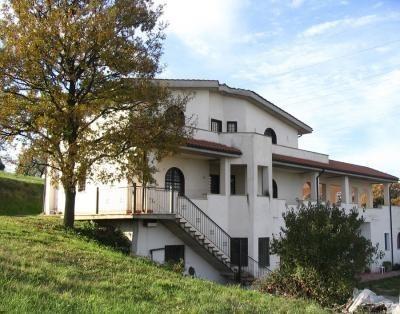 Villa Morbidella, Ferienwohnung in Marco Simone