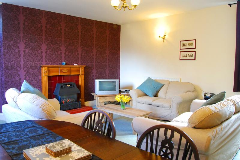 Rockingham Apartment, holiday rental in Millers Dale