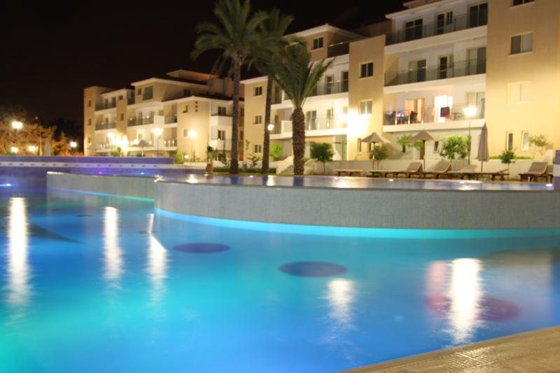 Elysia Park 5* Accomodation. Luxury Townhouse., Ferienwohnung in Paphos