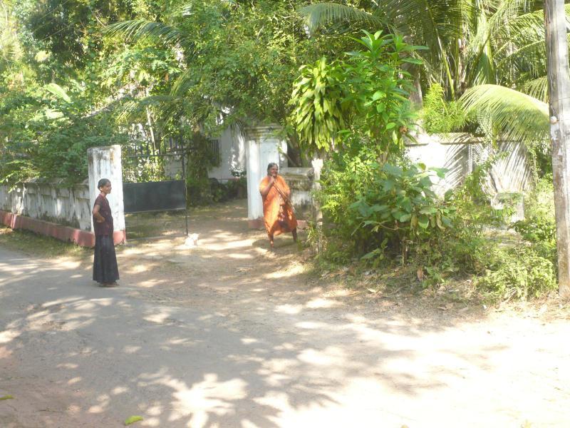 Vicini di casa davanti a Singha Paya