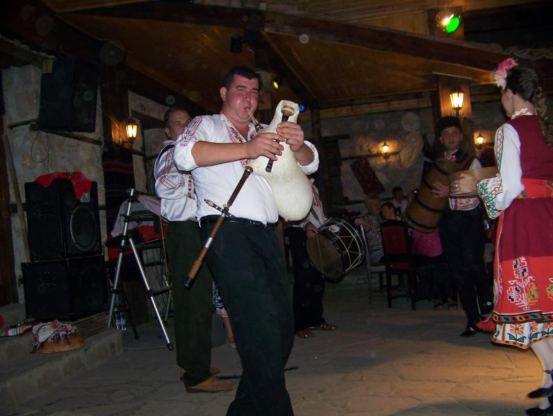 Local entertainment in a typical Bulgarian Mehana