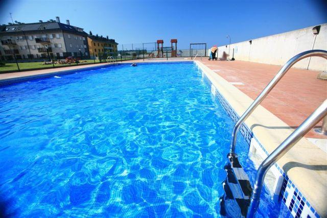 Apto. Terraza, Piscina y Playa, alquiler de vacaciones en Provincia de Lugo