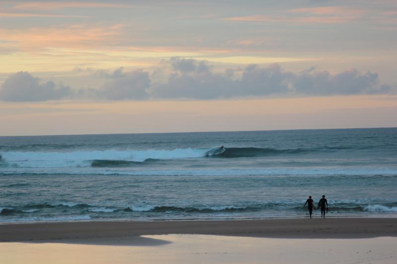 Playa de Rodiles,  a 2kms