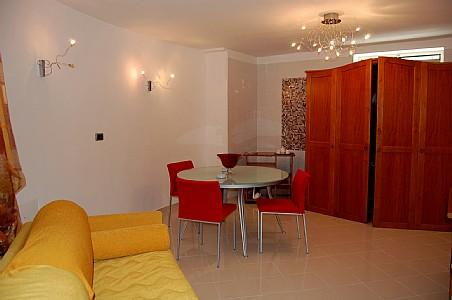 Torca Villa Sleeps 4 with Pool and Air Con - 5228586, holiday rental in Colli di Fontanelle