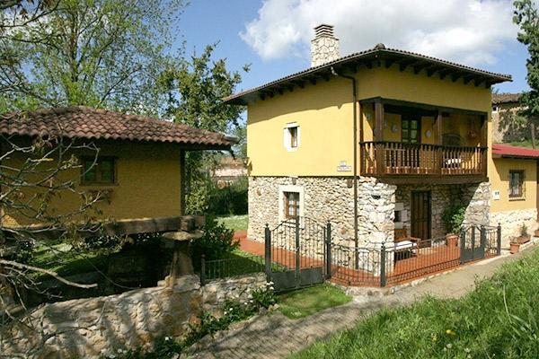 Casa El Trebano (Cardes, Infiesto - Piloña), vacation rental in Campiellos