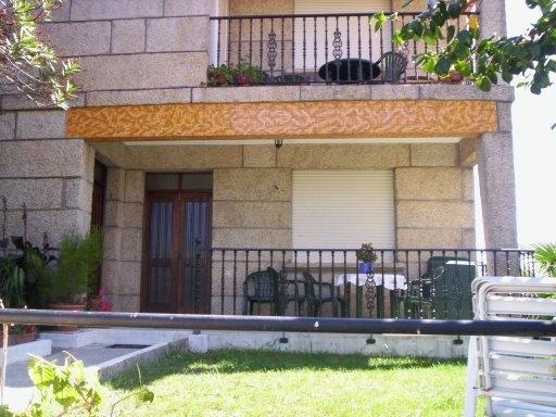 Apartamento casco urbano en Sanxenxo, holiday rental in Viliquin