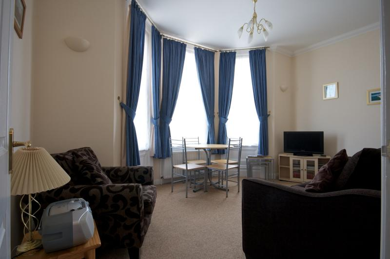Living/Dining Room with bay window