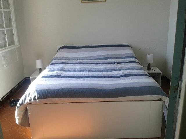 chambre 1: lit 140 + lit bébé
